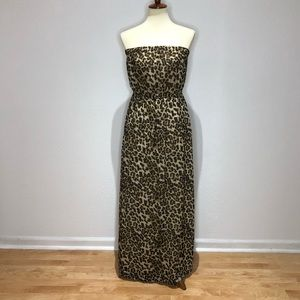 Forever 21 Strapless Leopard Print Maxi Dress.